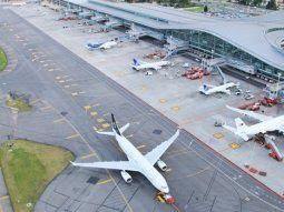 en colombia hay alarma por la llegada de casos de coronavirus en aviones